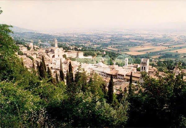 Alloggi per finalità turistiche, ad Assisi arrivano i controlli incrociati