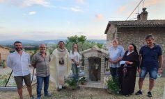Edicola votiva di San Giuseppe a San Damiano, grande festa per l'inaugurazione (foto)