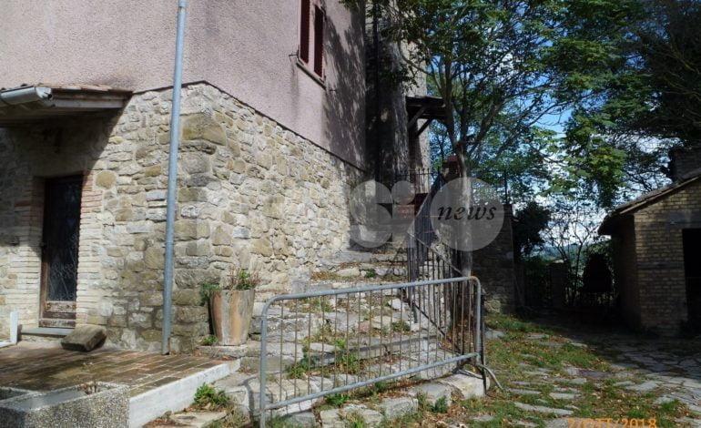 Pieve San Nicolò nel degrado: la denuncia fotografica di Claudia Travicelli
