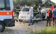 Incidente al confine tra Assisi e Bastia: scontro tra due auto (foto)