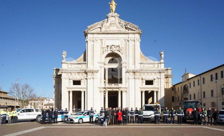 Nuovi veicoli ad Assisi per municipale, Protezione civile e servizi operativi