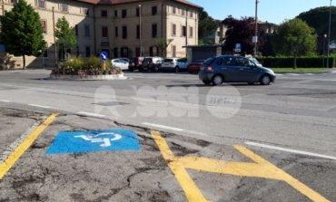 Buche sulle strade di Assisi, segnalazioni da Santa Maria e Costa di Trex
