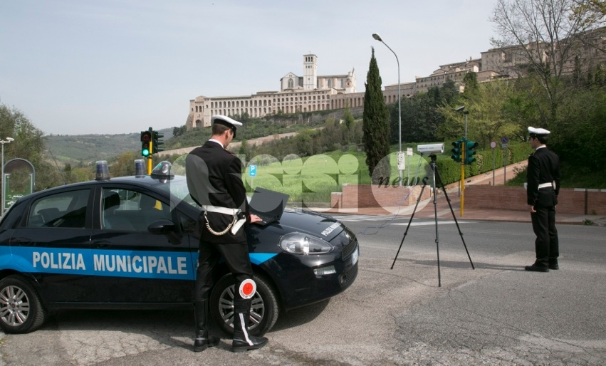 Polizia Municipale di Assisi, bilancio 2016: elevate 10.000 multe