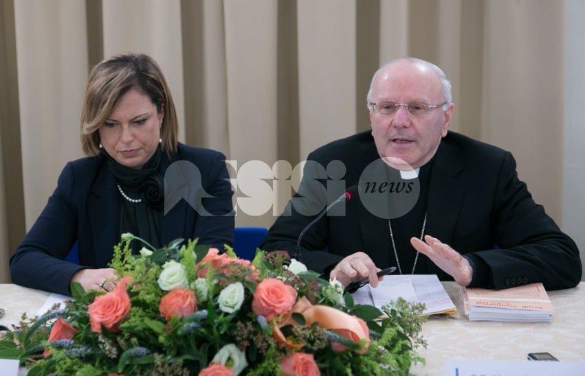 """Monsignor Nunzio Galantino ad Assisi: """"Troppo poco il lavoro dignitoso"""""""