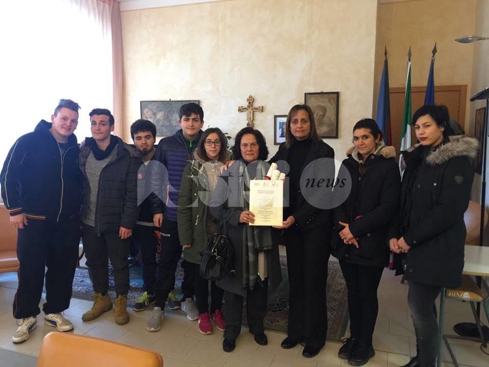Il Comune di Assisi firma con le scuole il Protocollo d'intesa anti-bullismo