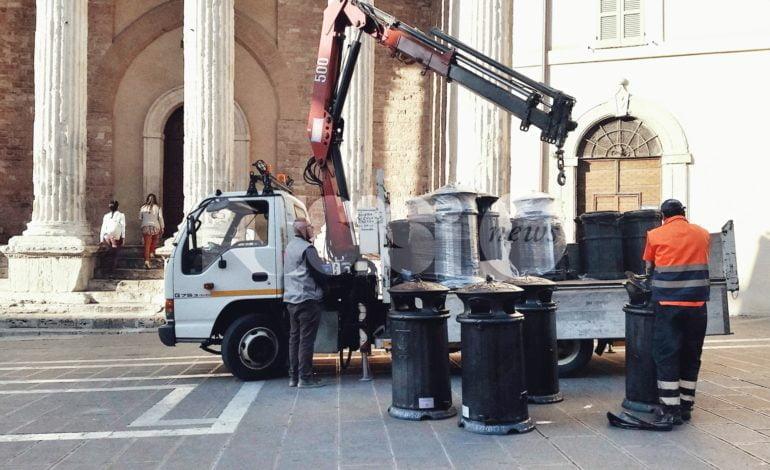 Nuovi cassonetti ad Assisi; Francesca Corazzi replica a Bartolini su rifiuti e pulizia