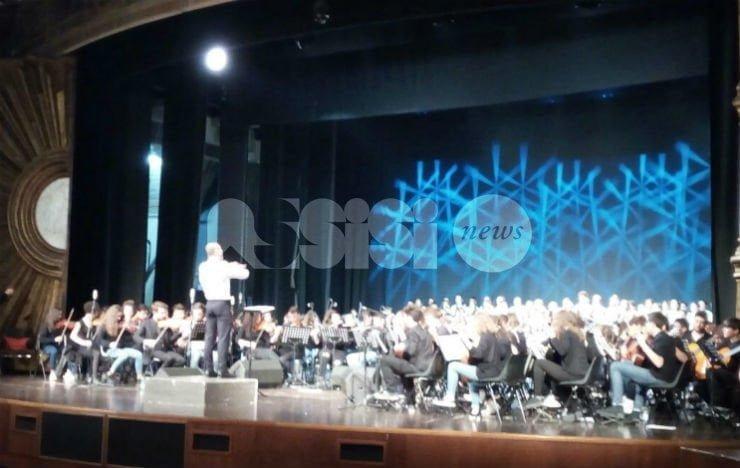 MusicASSISI3insieme Legatura di Valore, successo per l'evento dell'IC Assisi 3