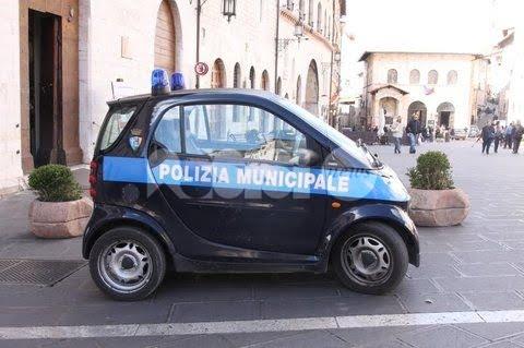 """Vigile urbano arrestato, giunta di Assisi e polizia locale: """"La Municipale è sana"""""""