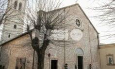 Assisi prega sulle intercessioni per la pace di Papa Francesco
