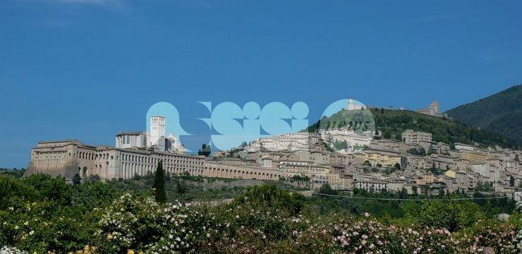 ZTL Assisi, da lunedì 19 giugno parte l'orario estivo: controlli sui permessi