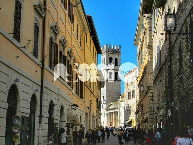 Rilancio del turismo, Assisi è in prima linea: con gli operatori si discute del futuro
