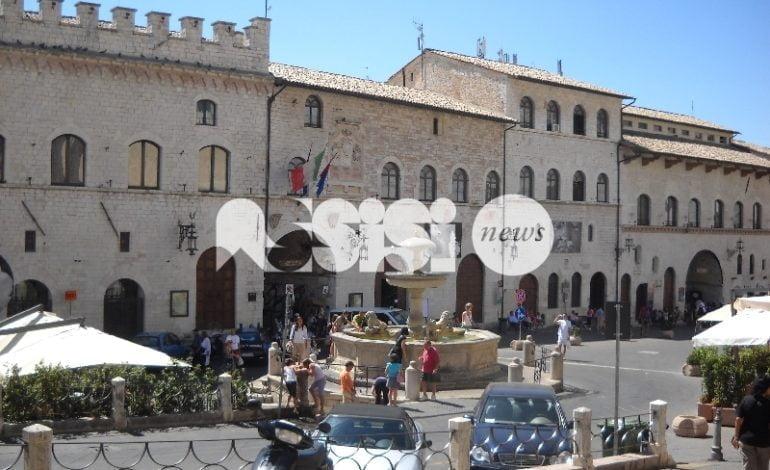 Il Comune di Assisi cerca due istruttori e un geometra: i dettagli