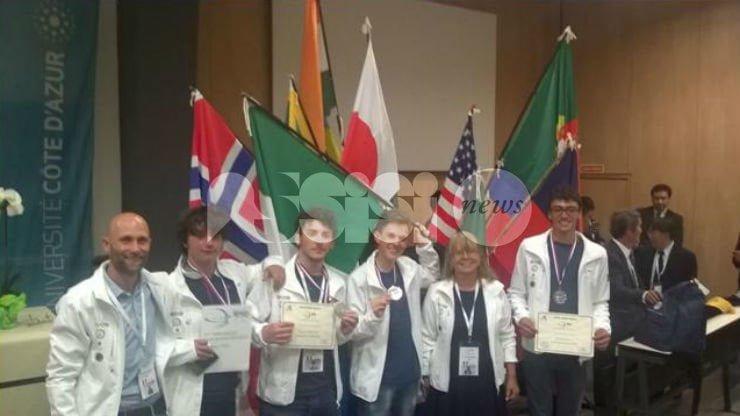 Riccardo Bernardini dello scientifico di Assisi vince l'argento alle Olimpiadi Internazionali di Scienze della Terra