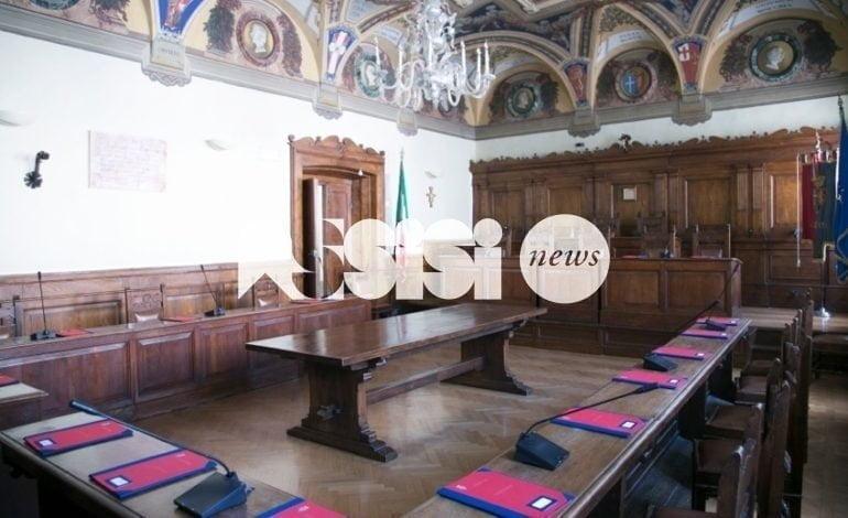 """Dimissioni di Claudia Travicelli, la """"solidarietà"""" della minoranza"""