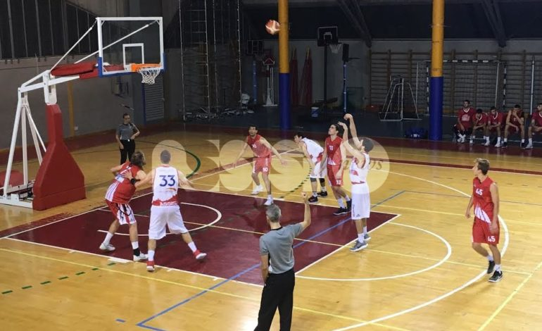 Basket, Adrilog Virtus Assisi batte la Favl Viterbo al PalaItis 73-70
