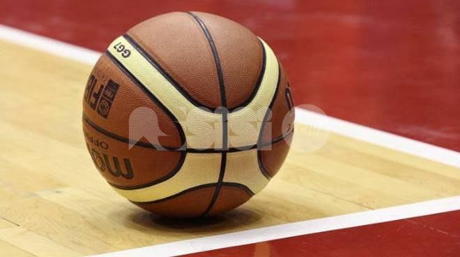 Basket Assisi, vittoria contro l'Atomika Spoleto 65-55