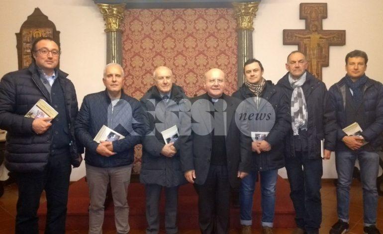 """Monsignor Sorrentino incontra i commercianti di Assisi: """"Grazie"""""""