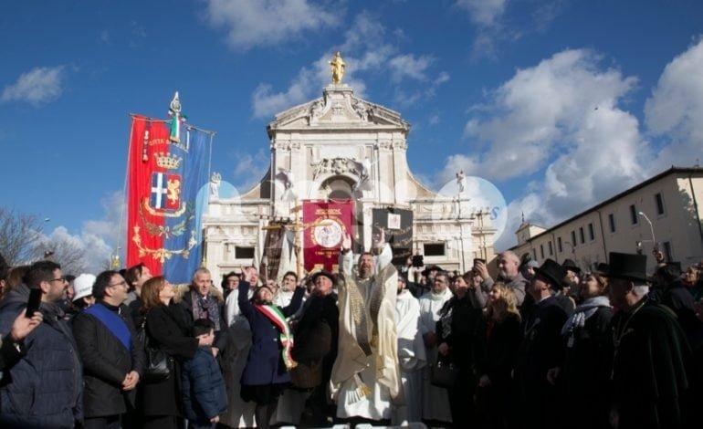 Piatto di Sant'Antonio Abate 2018, a Santa Maria degli Angeli grande festa (FOTO)