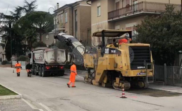 Riqualificazione delle strade, lavori al via: il Comune incontra Regione e Provincia