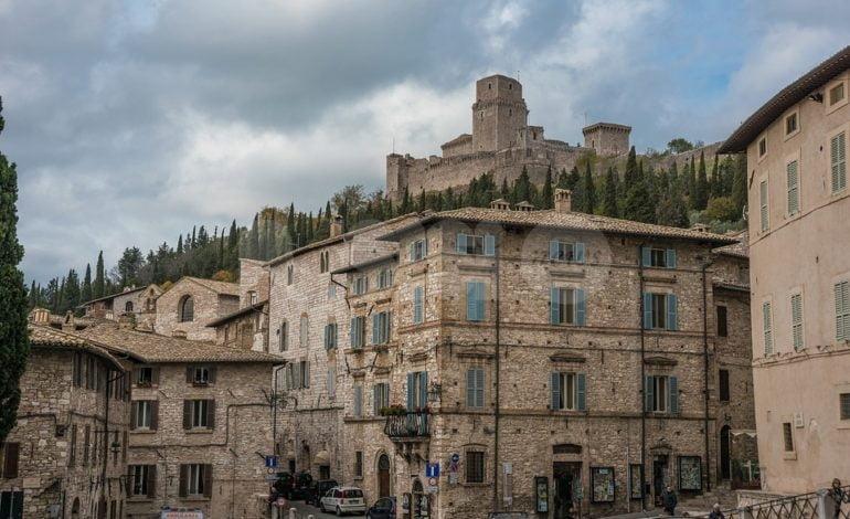 Rilancio dei centri storici di Assisi e frazioni: bonus per case e aziende