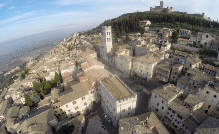 Giro 2018, il Comune di Assisi cerca sponsor per sostenere le spese