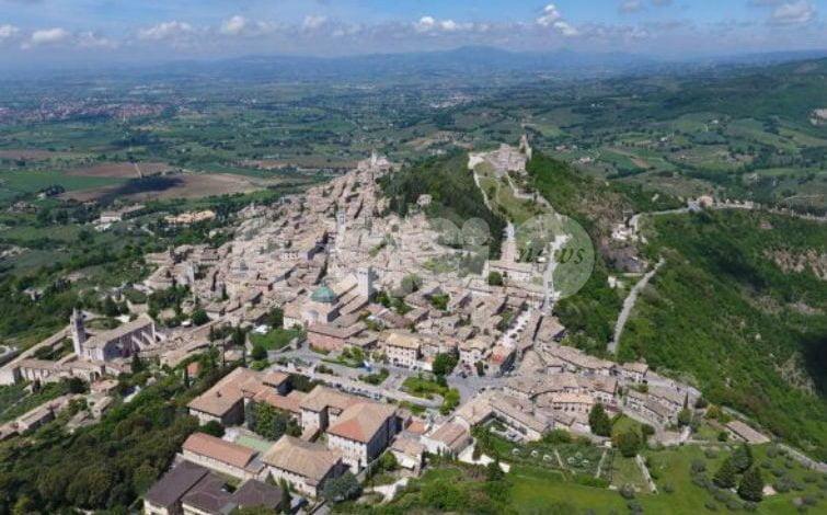 Giunta Proietti tra incompatibilità e dilettantismo: la denuncia di Fratelli d'Italia