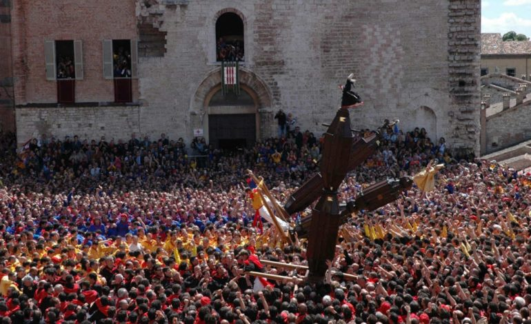 I Ceri di Gubbio 2018 in diretta: come seguire l'Alzata su Umbria Webcam