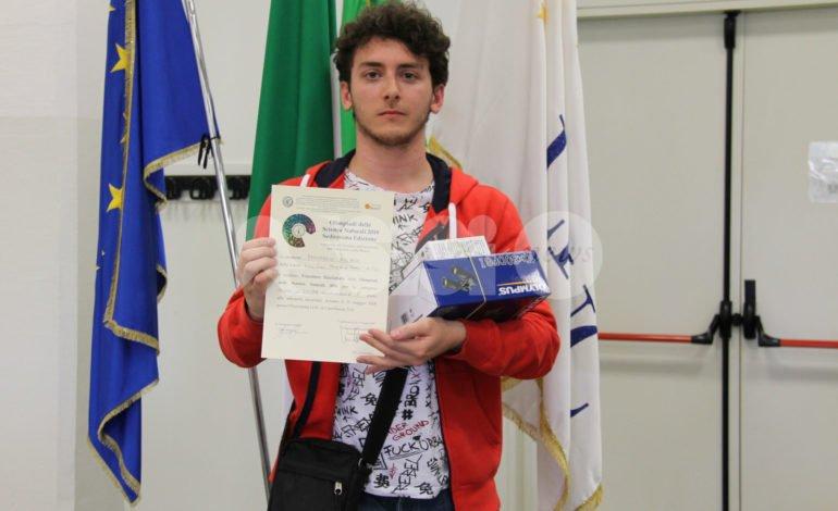 Riccardo Bernardini tra i vincitori delle Olimpiadi delle Scienze Naturali