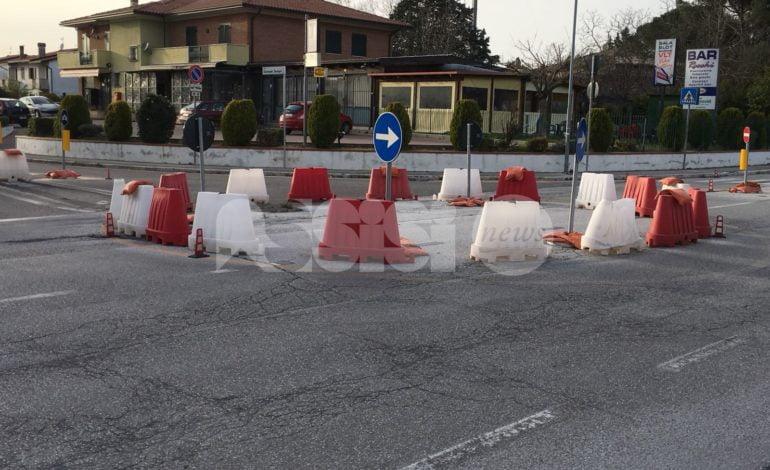 """Rotatoria di via Ermini, l'attacco di Bartolini: """"Bruttura male illuminata"""""""