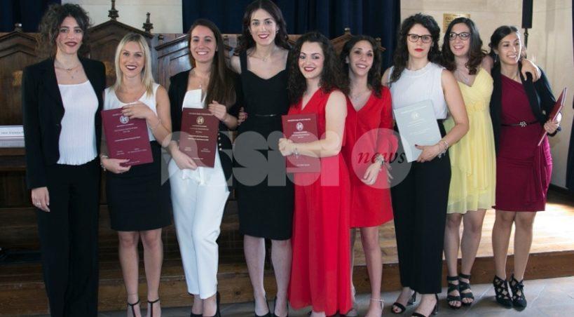 Grande festa per i nove studenti laureati ad Assisi: l'Università torna in centro a settembre