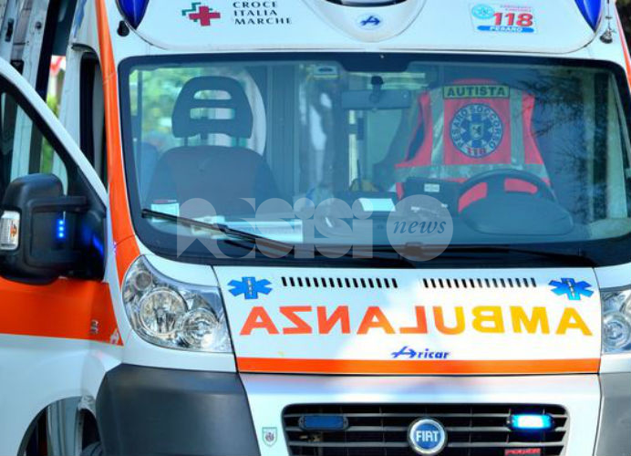 Cade dalla bici durante un'escursione a Colcaprile, ricoverato in ospedale