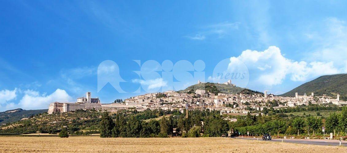 Universo Assisi fa volare gli stracci in maggioranza: tutti contro Pettirossi