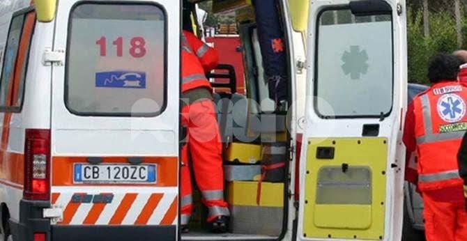 Uomo investito a Santa Maria degli Angeli, trasportato in ospedale