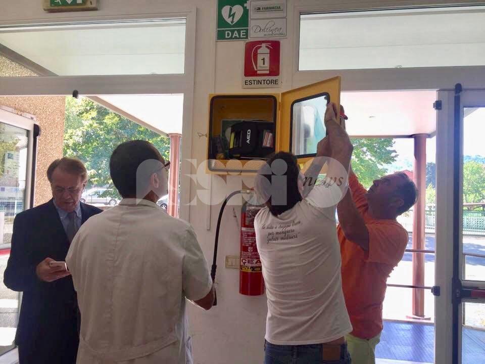 Due nuovi defibrillatori a Bettona, grazie alla sinergia tra Comune, privati e associazioni