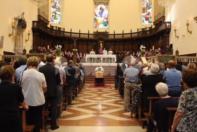 I Frati minori e Santa Maria piangono padre Gualtiero Bellucci