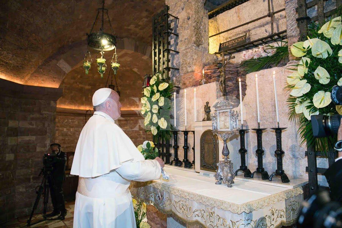 Papa Francesco omaggia San Francesco: visita a Greccio domenica