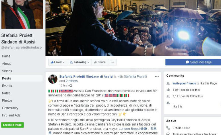 Gaffe social del sindaco Proietti: il gemellaggio Assisi-San Francisco festeggiato con la bandiera sbagliata