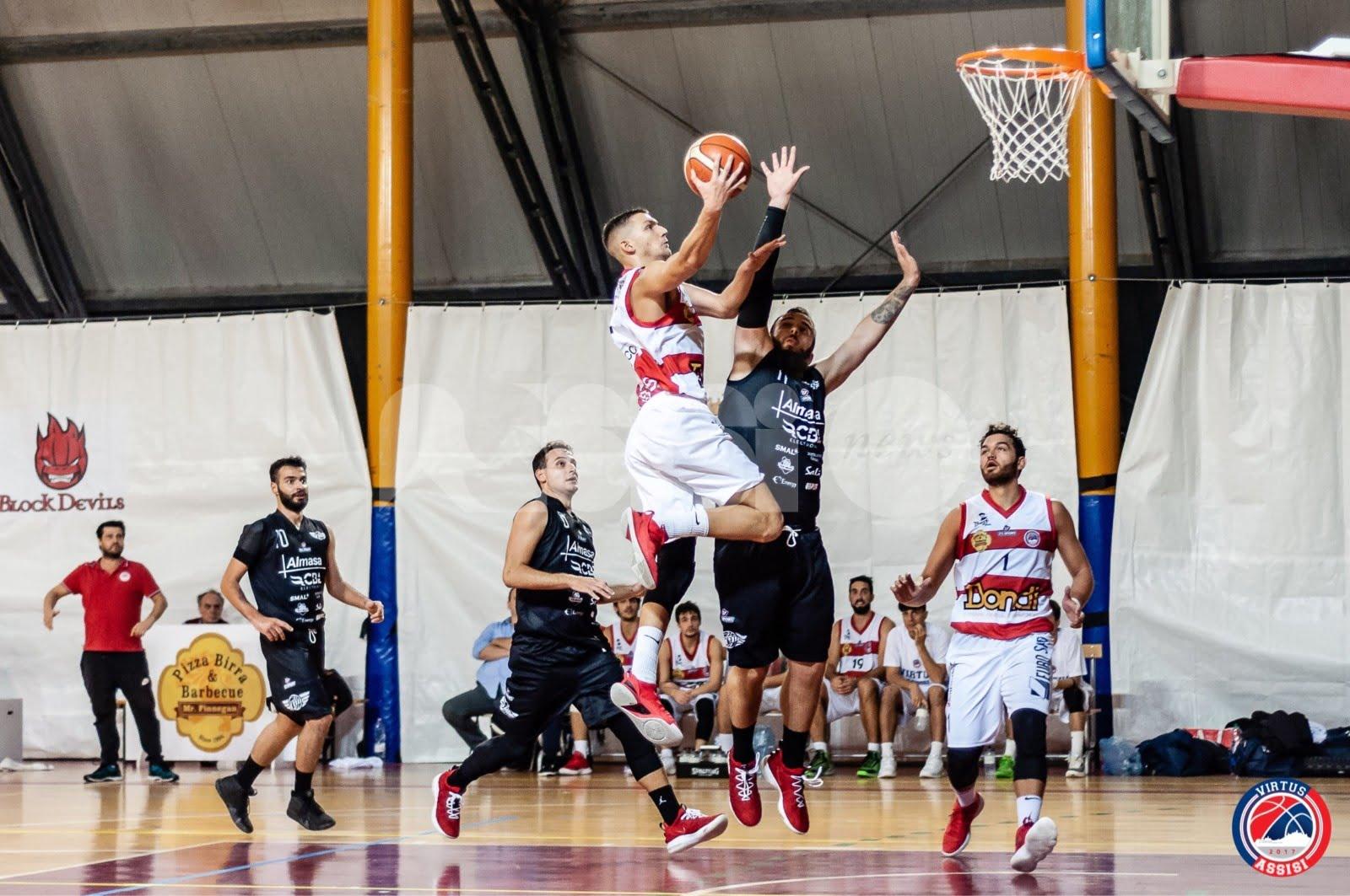 Virtus Assisi, grande partenza: vittoria al PalaSir 104-45 sul Basket Todi
