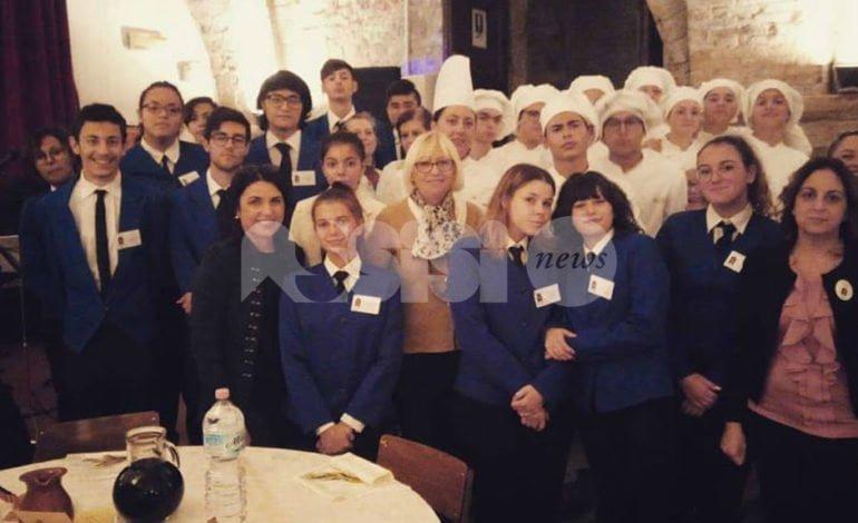 L'Alberghiero di Assisi ha curato la cena per i 40 anni del Centro Pace