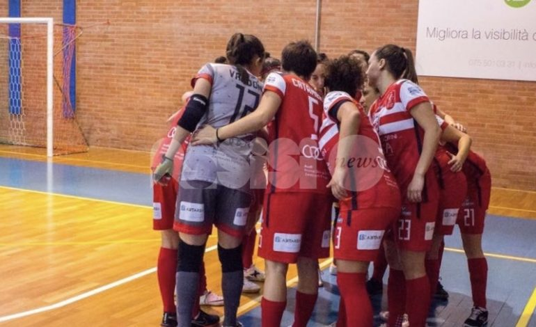 Perugia Futsal ancorato a tre punti: il derby va alle Colombine
