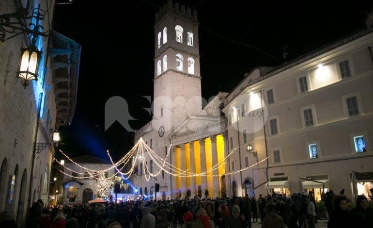 Capodanno 2019 ad Assisi, triplo concerto in Piazza del Comune dalle 21