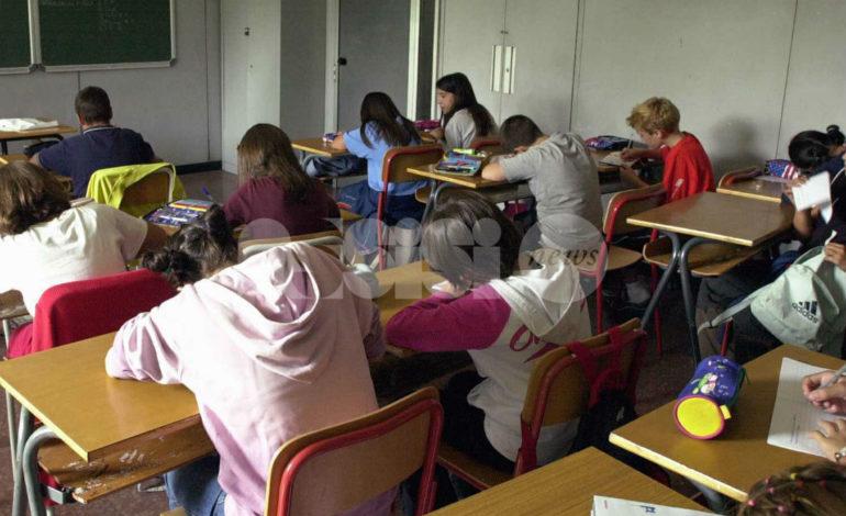 Bullismo omofobico, polemiche per il questionario consegnato in alcune scuole umbre