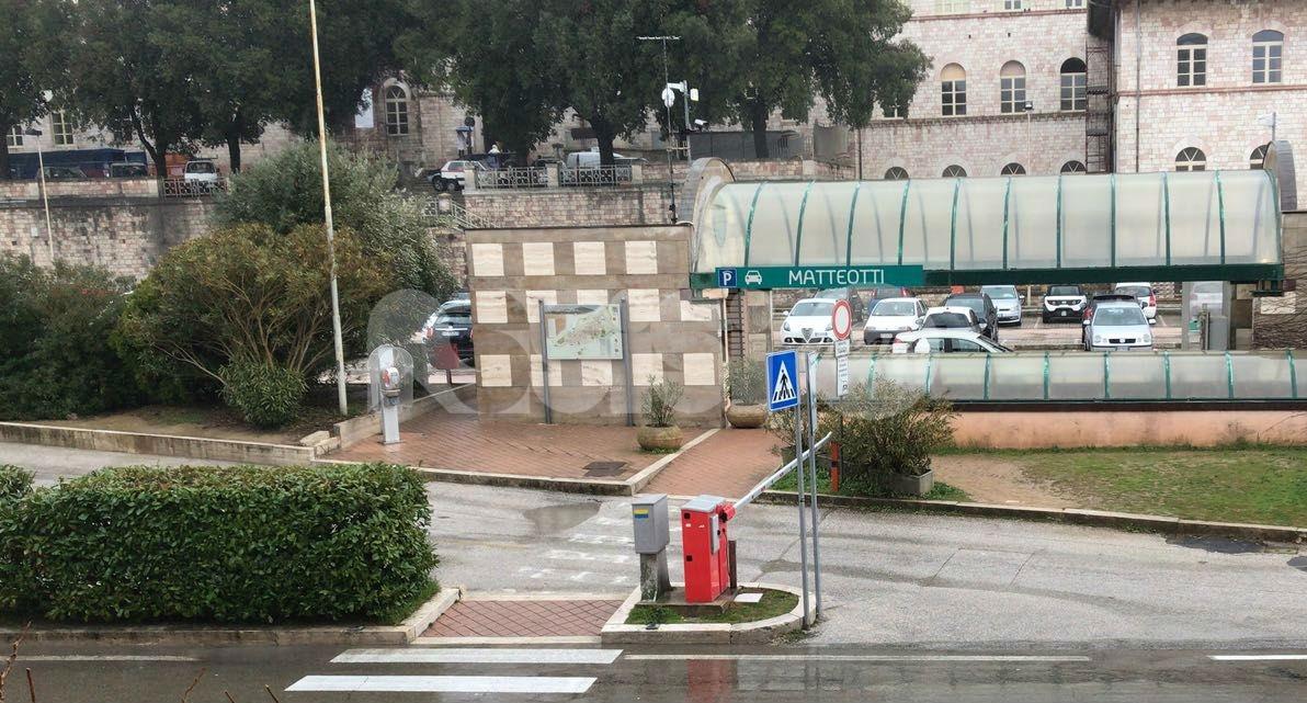 """Parcheggio Matteotti, Lega Assisi all'attacco: """"Rinnovo senza verifiche, è una cosa dell'altro mondo"""""""