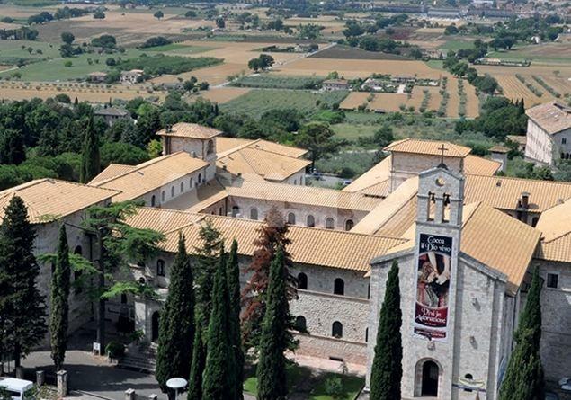 Sabato 12 gennaio a Spello una serata benefica per il Serafico di Assisi