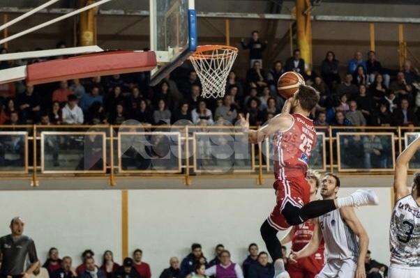 Basket, la Serie A torna ad Assisi: amichevole tra VL Pesaro e NPC Rieti