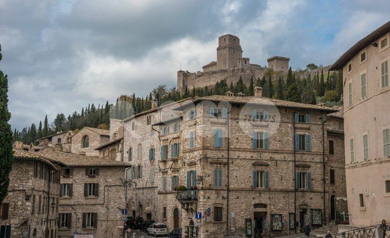 Al circolo del Subasio la conferenza stampa 2019 del sindaco di Assisi
