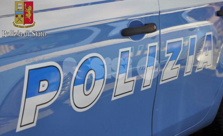 Furti sulle auto in sosta, ad Assisi la Polizia denuncia un 37enne