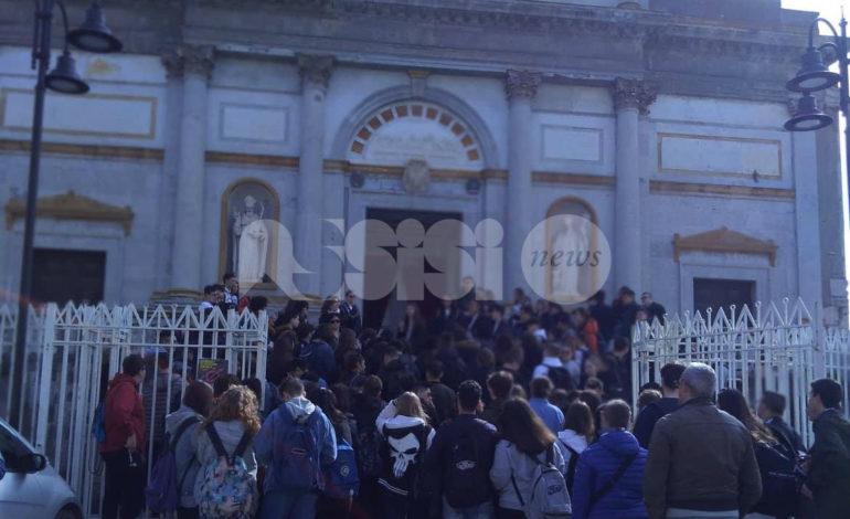 Gli alunni dell'Alberghiero di Assisi sul primo treno didattico da Avellino a Taurasi