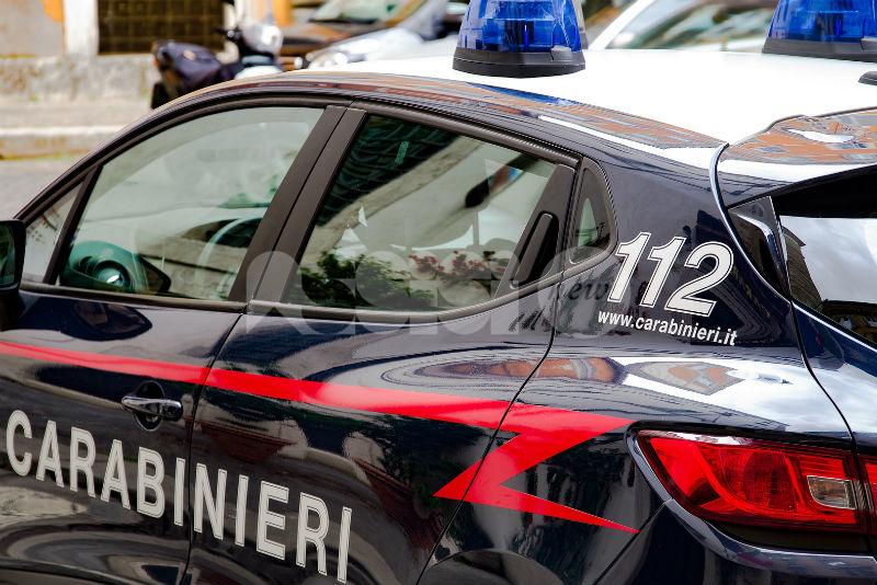 Giovane pusher scoperto dai carabinieri a Cannara: denunciato