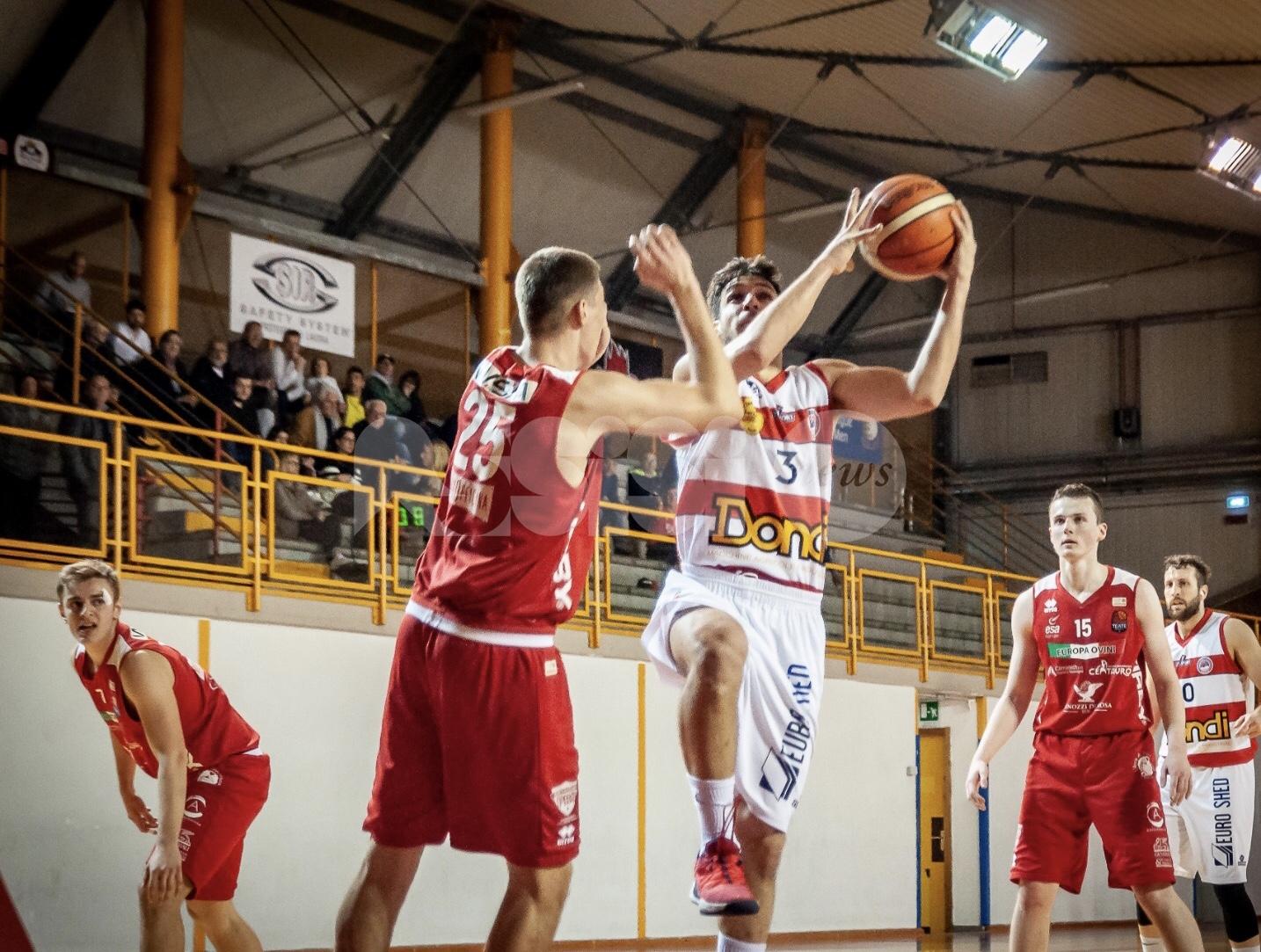 Basket, Virtus Assisi fatica e vince 86-80 contro Chieti gara 1 play-off